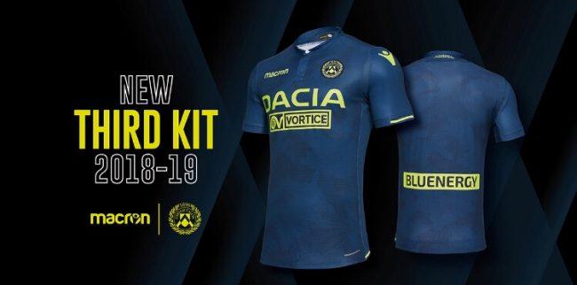 Terza Maglia Atalanta merchandising